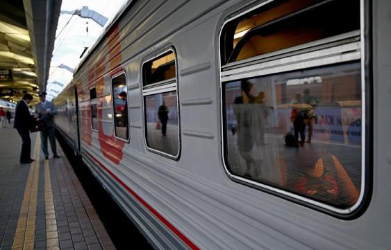 Пассажирские поезда задержали в Забайкалье из-за схода вагонов