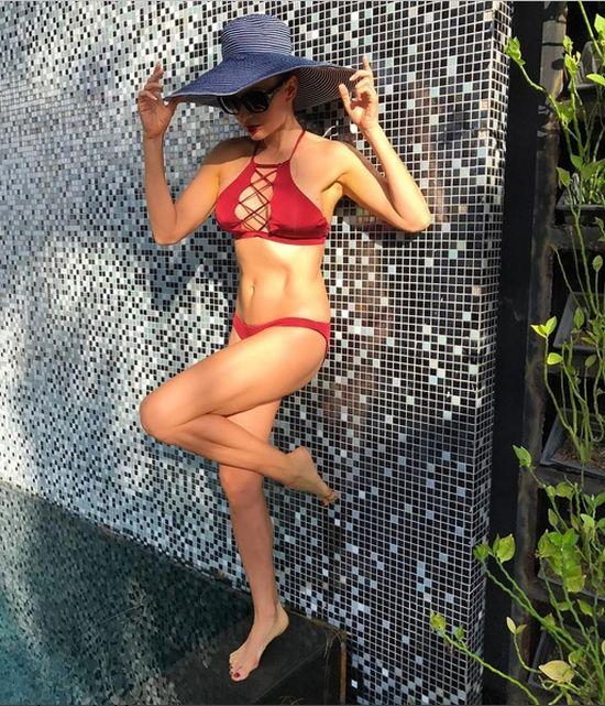 47-летняя Эвелина Бледанс все так же прекрасна, как и раньше (10 фото)