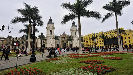 Власти Перу выделяют более $760 миллионов после наводнений
