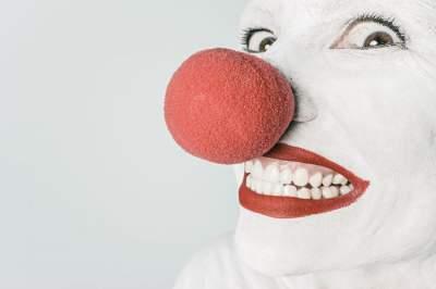 Утренний позитив: смешные анекдоты для отличного настроения