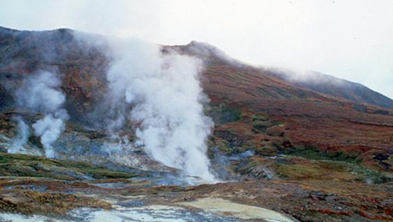 Длина шлейфа пепла вулкана на Камчатке превысила 900 км