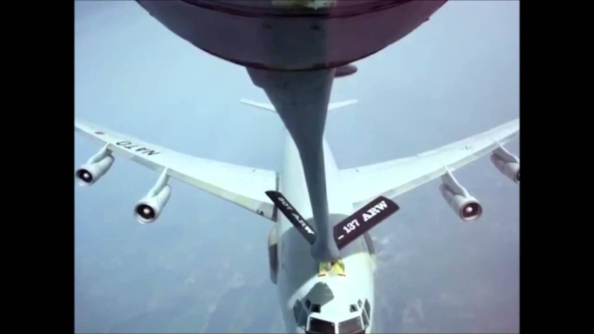 7 реально пугающих видео из кабины пилота